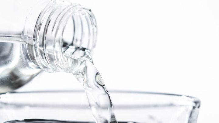 Słodki smak dzieciństwa, czyli o kształtowaniu dobrego nawyku picia wody u dzieci