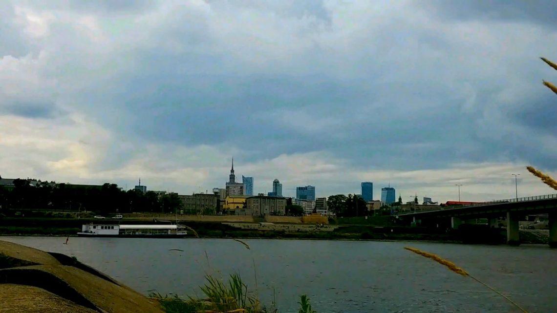 Po 1989 roku Polska rozwijała się słabo? 30 lat transformacji gospodarczej w liczbach