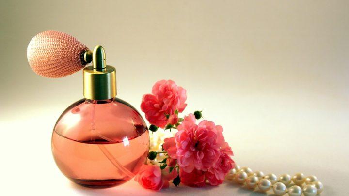 Czym są perfumy, czyli rzecz o najpiękniejszym ubraniu świata