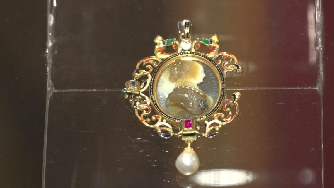 KGHM obejmuje patronat nad Zamkiem Królewskim w Warszawie. Inauguruje to specjalna wystawa klejnotów